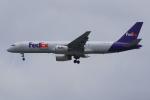 PASSENGERさんが、スワンナプーム国際空港で撮影したフェデックス・エクスプレス 757-236(SF)の航空フォト(写真)