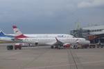 Kanatoさんが、デュッセルドルフ国際空港で撮影したオーストリア航空 ERJ-190-200 LR (ERJ-195LR)の航空フォト(写真)