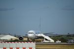 Kanatoさんが、パリ シャルル・ド・ゴール国際空港で撮影したユーロアトランティック・エアウェイズ 767-36N/ERの航空フォト(写真)