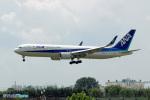 YuukiToonoさんが、青島流亭国際空港で撮影した全日空 767-381/ERの航空フォト(写真)