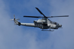 kon chanさんが、嘉手納飛行場で撮影したアメリカ海兵隊 AH-1Z Viperの航空フォト(写真)