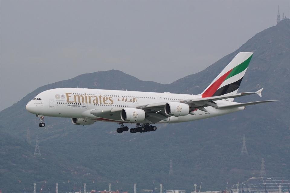 HEATHROWさんのエミレーツ航空 Airbus A380 (A6-EUX) 航空フォト
