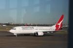 職業旅人さんが、シドニー国際空港で撮影したカンタス航空 737-838の航空フォト(写真)