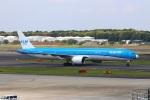 zero1さんが、成田国際空港で撮影したKLMオランダ航空 777-306/ERの航空フォト(写真)