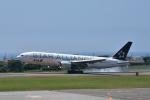 ワイエスさんが、函館空港で撮影した全日空 777-281の航空フォト(写真)