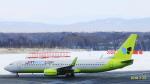 SNAKEさんが、新千歳空港で撮影したジンエアー 737-8SHの航空フォト(写真)