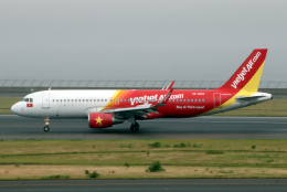 航空フォト:VN-A663 ベトジェットエア A320