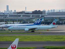 チャッピー・シミズさんが、羽田空港で撮影したエア・カナダ 777-333/ERの航空フォト(写真)