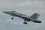 ちゃぽんさんが、フェアフォード空軍基地で撮影したスイス空軍 F/A-18C Hornetの航空フォト(写真)