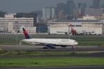 funi9280さんが、羽田空港で撮影したデルタ航空 777-232/ERの航空フォト(飛行機 写真・画像)