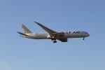 さんみさんが、ロンドン・ヒースロー空港で撮影したガルフ・エア 787-9の航空フォト(写真)
