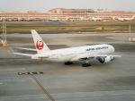 さんぜんさんが、羽田空港で撮影した日本航空 777-246/ERの航空フォト(写真)