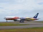 からすさんが、山口宇部空港で撮影した全日空 777-281/ERの航空フォト(写真)