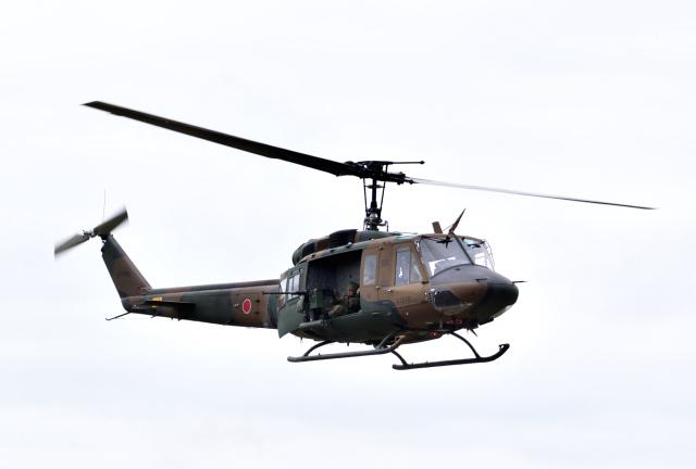 hirohiro77さんが、旭川駐屯地で撮影した陸上自衛隊 UH-1Jの航空フォト(飛行機 写真・画像)