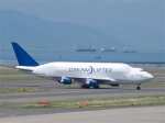 goshiさんが、中部国際空港で撮影したボーイング 747-409(LCF) Dreamlifterの航空フォト(写真)