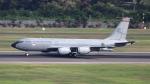 誘喜さんが、シンガポール・チャンギ国際空港で撮影したシンガポール空軍 KC-135R Stratotanker (717-148)の航空フォト(写真)