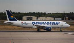 Rsaさんが、ベルリン・テーゲル空港で撮影したヌーべルエア・チュニジア A320-214の航空フォト(飛行機 写真・画像)