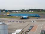 Tき/九州急行さんが、成田国際空港で撮影したベトナム航空 A350-941XWBの航空フォト(写真)