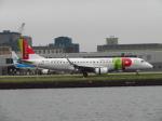 た~きゅんさんが、ロンドン・シティ空港で撮影したポルトガリア航空 ERJ-190-100 LR (ERJ-190LR)の航空フォト(写真)