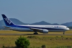 鉄バスさんが、広島空港で撮影した全日空 767-381/ERの航空フォト(写真)