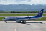 ワイエスさんが、旭川空港で撮影した全日空 737-881の航空フォト(写真)