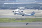 KKiSMさんが、羽田空港で撮影した海上保安庁 DHC-8-315Q MPAの航空フォト(写真)