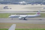 KKiSMさんが、羽田空港で撮影したジェイ・エア ERJ-190-100(ERJ-190STD)の航空フォト(写真)