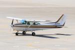 syo12さんが、函館空港で撮影したスカイフォト 172P Skyhawk IIの航空フォト(写真)