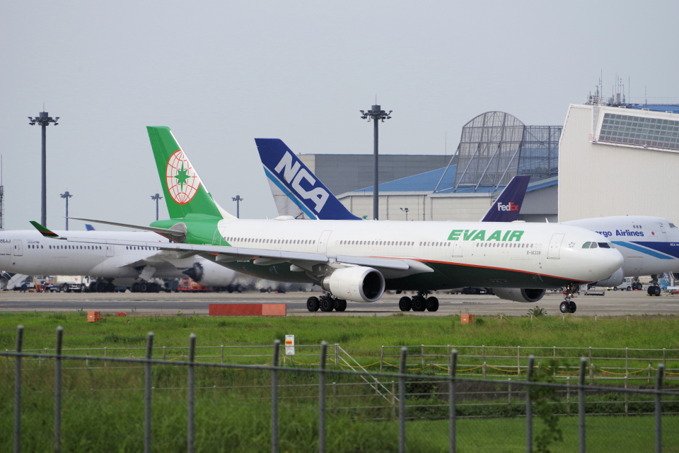 yabyanさんのエバー航空 Airbus A330-300 (B-16338) 航空フォト