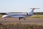 北の熊さんが、新千歳空港で撮影したオウロゴールド・アヴィエーション EMB-135BJ Legacyの航空フォト(写真)