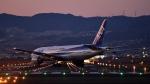 flytaka78さんが、伊丹空港で撮影した全日空 777-281/ERの航空フォト(写真)