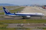 みるぽんたさんが、関西国際空港で撮影した全日空 767-381/ERの航空フォト(写真)