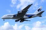 takapiroさんが、ロンドン・ヒースロー空港で撮影したマレーシア航空 A380-841の航空フォト(飛行機 写真・画像)