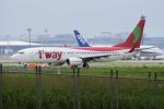 yabyanさんが、成田国際空港で撮影したティーウェイ航空 737-8KGの航空フォト(飛行機 写真・画像)