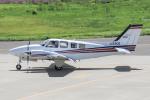 西風さんが、大館能代空港で撮影した航空大学校 Baron G58の航空フォト(飛行機 写真・画像)