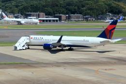 虎太郎19さんが、福岡空港で撮影したデルタ航空 767-332/ERの航空フォト(写真)