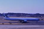 わいどあさんが、成田国際空港で撮影したキャセイパシフィック航空 777-367の航空フォト(写真)