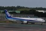 わいどあさんが、成田国際空港で撮影した全日空 767-381/ERの航空フォト(写真)