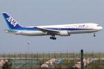 まえちんさんが、羽田空港で撮影した全日空 767-381の航空フォト(写真)