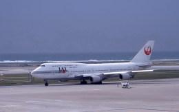 kumagorouさんが、那覇空港で撮影した日本航空 747-446Dの航空フォト(写真)