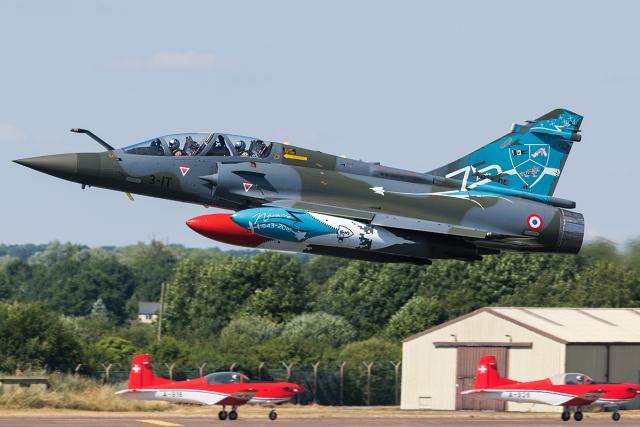 フランス空軍 Dassault Mirage 2...