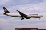 yabyanさんが、成田国際空港で撮影したルフトハンザ・カーゴ 777-FBTの航空フォト(飛行機 写真・画像)