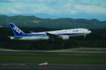 FRTさんが、新千歳空港で撮影した全日空 777-281/ERの航空フォト(飛行機 写真・画像)