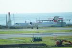 FRTさんが、那覇空港で撮影した琉球エアーコミューター DHC-8-402Q Dash 8 Combiの航空フォト(飛行機 写真・画像)