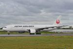 md11jbirdさんが、伊丹空港で撮影した日本航空 777-289の航空フォト(写真)