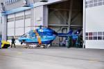 hidetsuguさんが、札幌飛行場で撮影した秋田県警察 BK117C-1の航空フォト(写真)