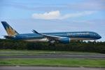 ユウイチ22さんが、成田国際空港で撮影したベトナム航空 A350-941XWBの航空フォト(写真)