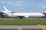 マリオ先輩さんが、横田基地で撮影したウエスタン・グローバル・エアラインズ MD-11Fの航空フォト(写真)