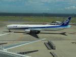 ゆう改めてさんが、羽田空港で撮影した全日空 777-381の航空フォト(写真)