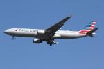 sky-spotterさんが、ロンドン・ヒースロー空港で撮影したアメリカン航空 A330-323Xの航空フォト(写真)